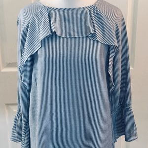 5 For $25 Blue White Stripe Womans Ruffle Top S?